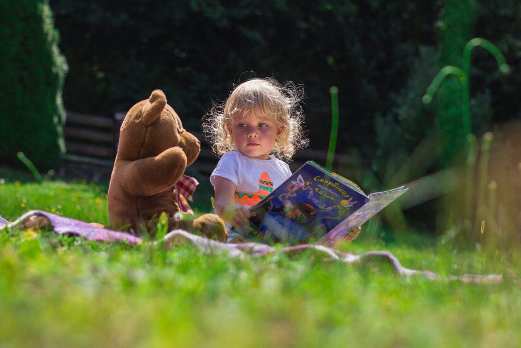 little girl and teddy